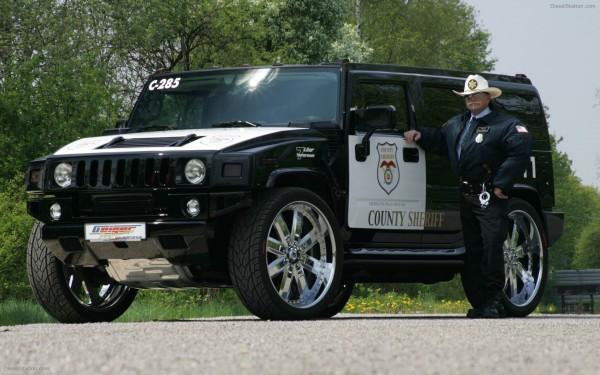 Police-Hummer-Car-widescreen-03