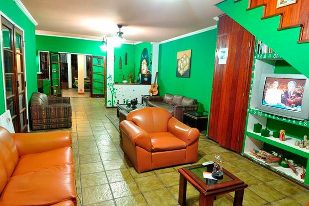 Cabo-Frio-Fun-Hostel-el-hombre