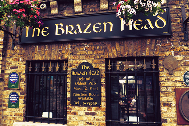 the-brazen-head-el-hombre