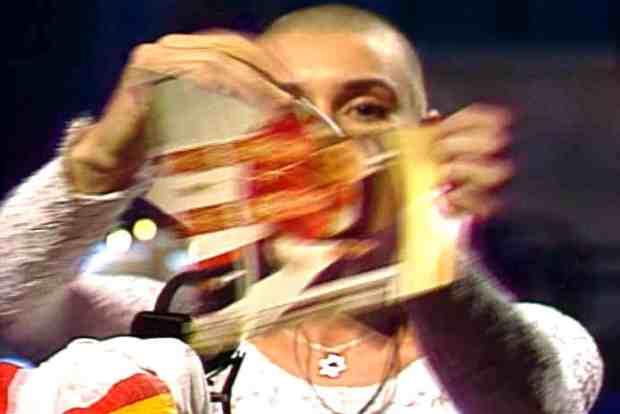 saturday_night_live10-3-1992sinead_occonor-war-pope85