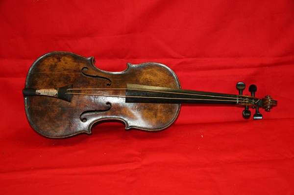 violino-titanic-el-hombre
