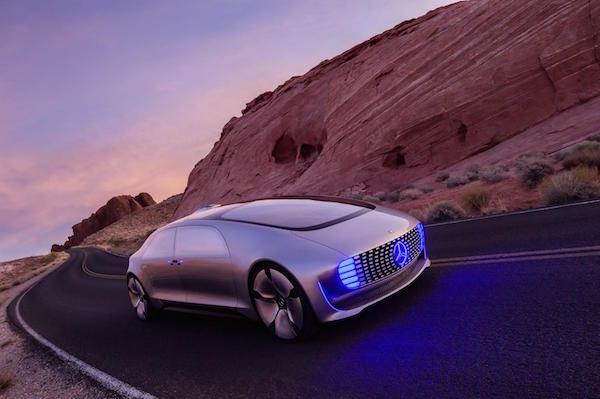 Mercedes-Benz_F015_Luxury_in_motion_2015_29