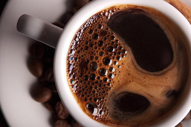 Resultado de imagem para TOMANDO CAFÉ EXPRESSO