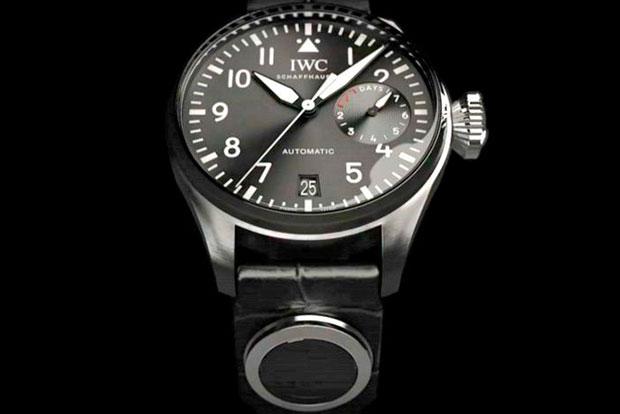 IWC cria tecnologia que transforma relógios mecânicos em inteligentes