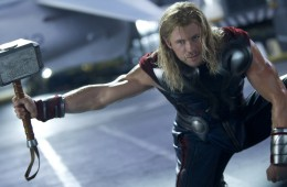 thor-chris-hemsworth-avengers