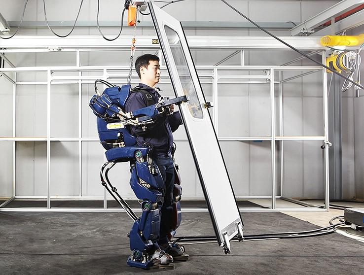 20160509-Hyundai-Wearable-Robot-09