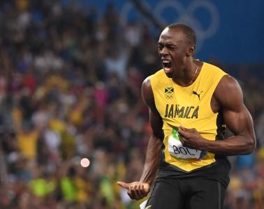 Jamaicas-Usain-Bolt-reacts-after-he-won-the-Mens-200m-Final