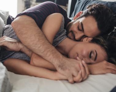 elitedaily-lumina-cuddle