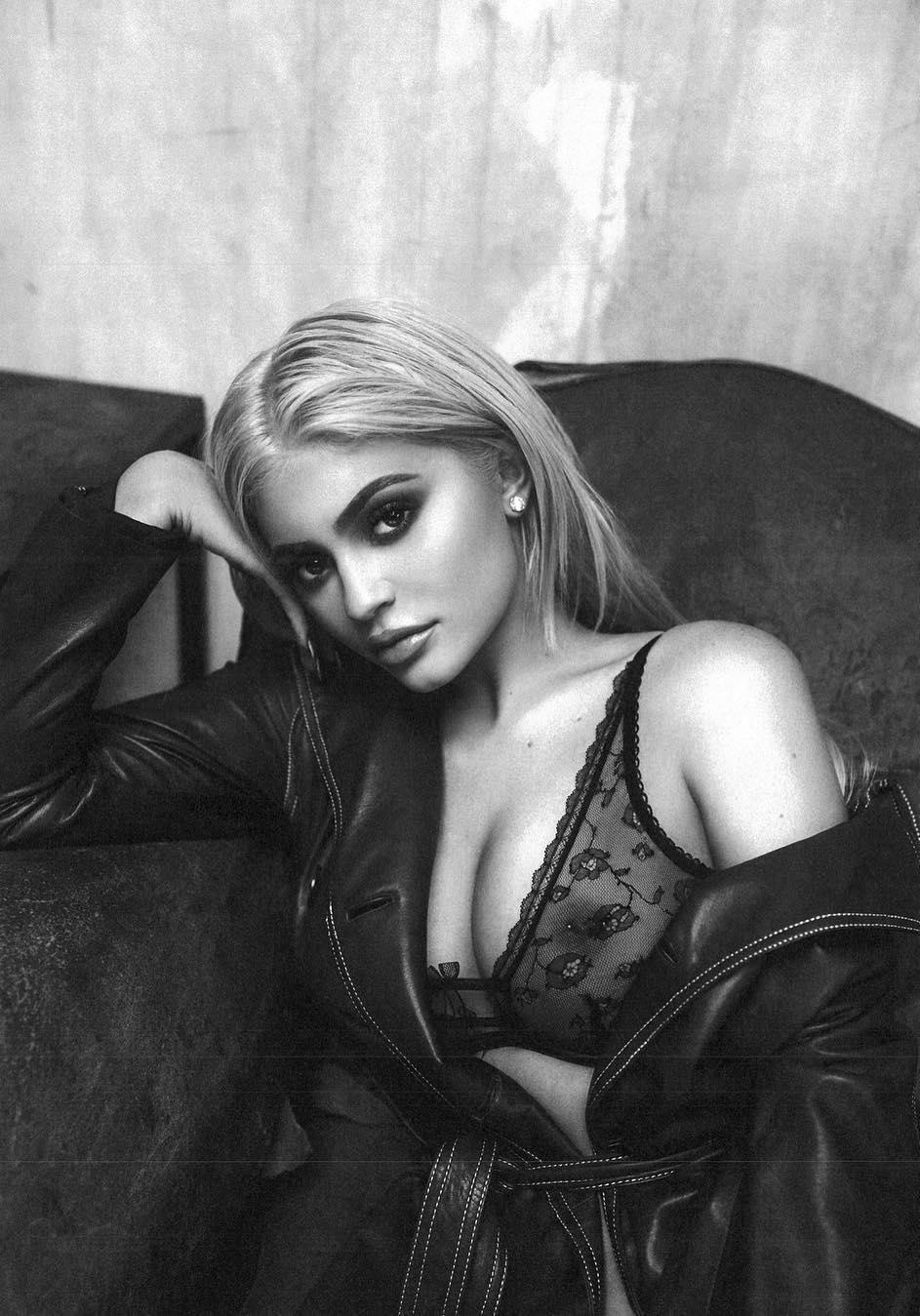 9e82b1b33 Kylie Jenner esquenta o Intagram com fotos de sutiã transparente ...