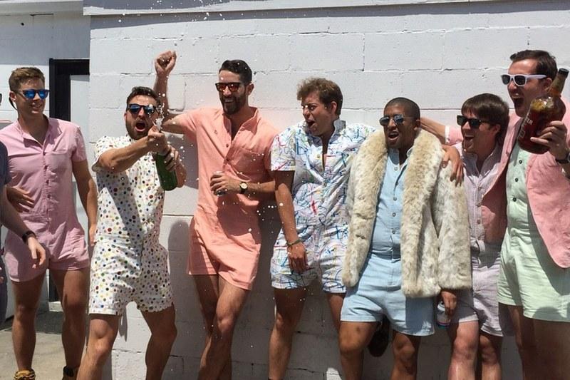 87fd9077eb2 O macaquinho para homens é a nova (e polêmica) febre mundial da moda  masculina - El Hombre