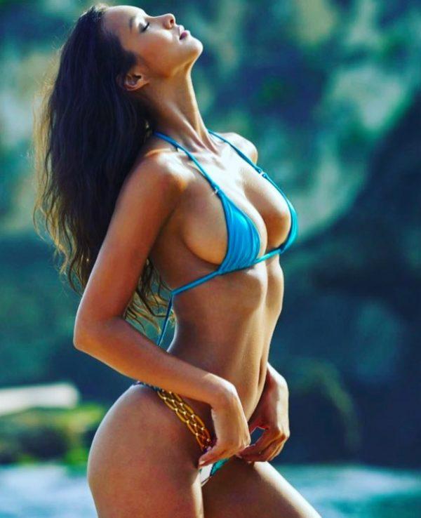 Marcas de bikini 08 - 3 part 7
